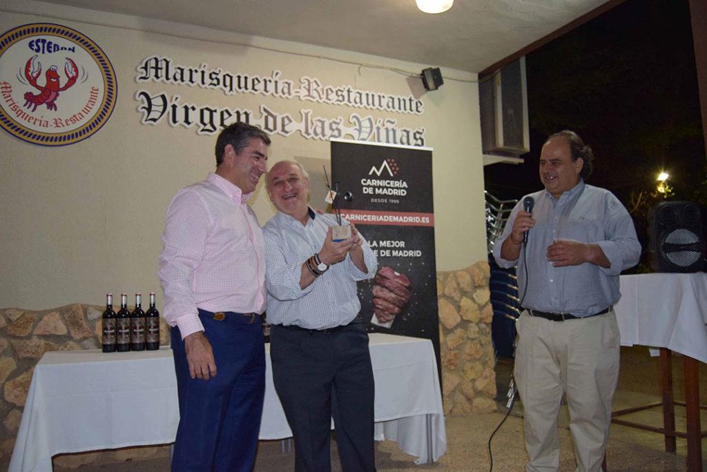 Entrega reconocimiento vicepresidente DO La Mancha